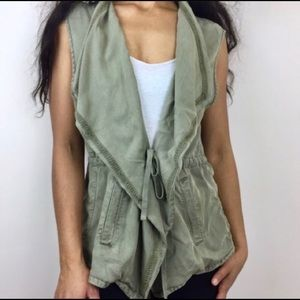Max Jeans• Utility Military Sleeveless Vest A1